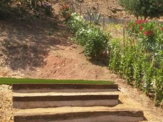 Création de petite jardinière en traverses .