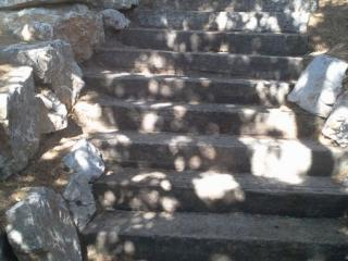Escaliers en traverses de chênes